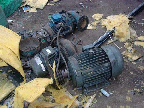 废旧电子器回收